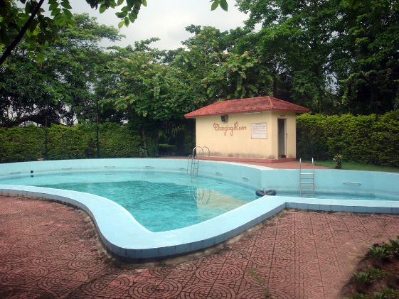 Amantran hotel resorts best banquet hall in tarapith hotels resort banquet hall star for Resorts in santiniketan with swimming pool